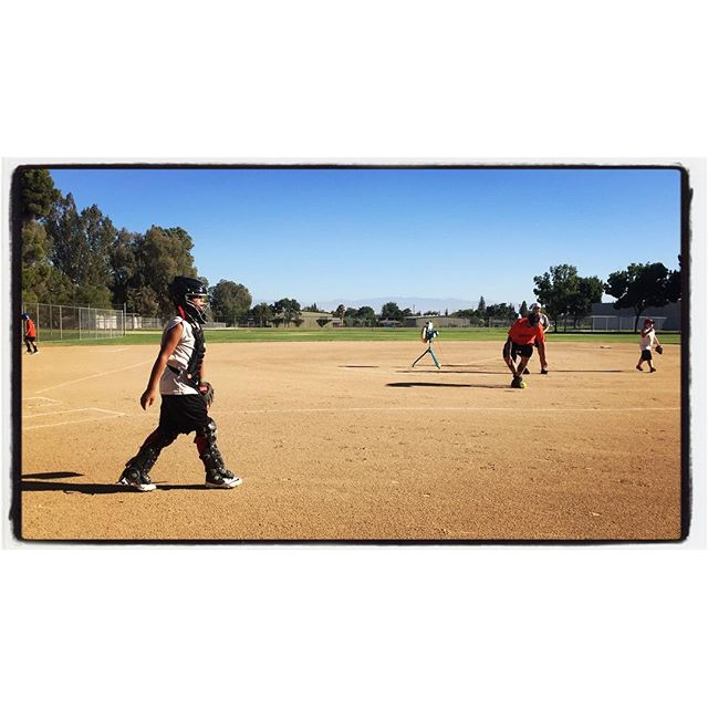 Nene heads back to the dugout. NOR softball Angels playing tonight. #socal #bakersfield #softballdad