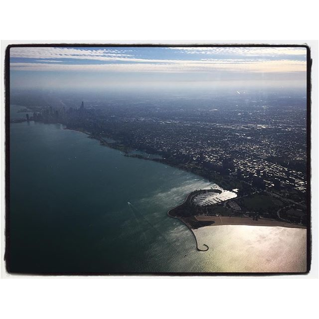 Approach to Chicago and 'the hook.' #iphoneorgraphy #theiphonephorographer