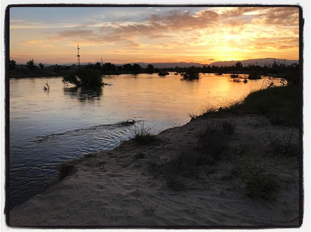 Sunrise on the mighty Kern River along the bike trail. #touragainsttrafficking #mile3 #bikelife